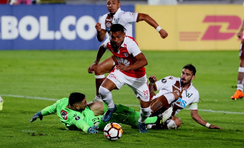Mesmo na segunda divisão chilena, o Santiago Wanderers disputou a Libertadores â?? Foto: Leonardo Muñoz/EFE