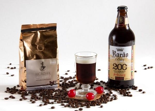 A receita da Friburg tem adição de café - produzido pela fazenda Monthal - e cereja