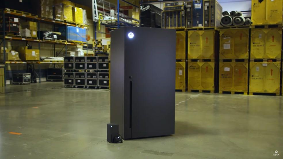 Xbox Series X: Microsoft cria geladeira inspirada no meme do console |  Video Game | TechTudo