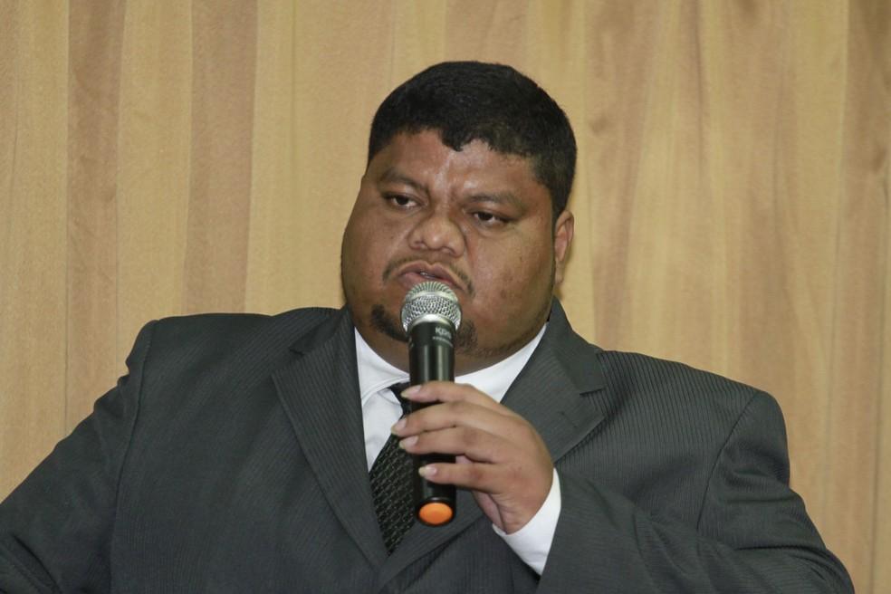 """Conhecido como """"Gordo do Aurá"""", o vereador Deivite Galvão foi eleito em 2012 pelo DEM, e reeleito em 2016 pelo mesmo partido. — Foto: Ary Souza"""