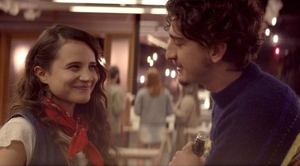 Bianca Comparato e Johnny Massaro no filme Todas as razões para esquecer, que mostra o fim de uma relação pela perspectiva masculina (Foto: Divulgação)