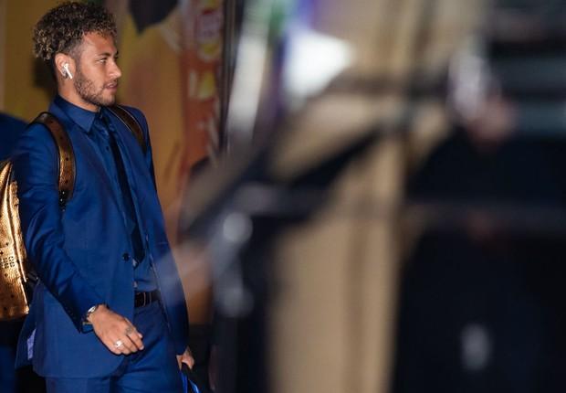 b5863801b53 Neymar desembarca no Sochi International Airport neste dia 11 de junho  (Foto  Buda Mendes