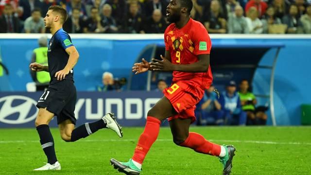 Lukaku lamenta durante França x Bélgica