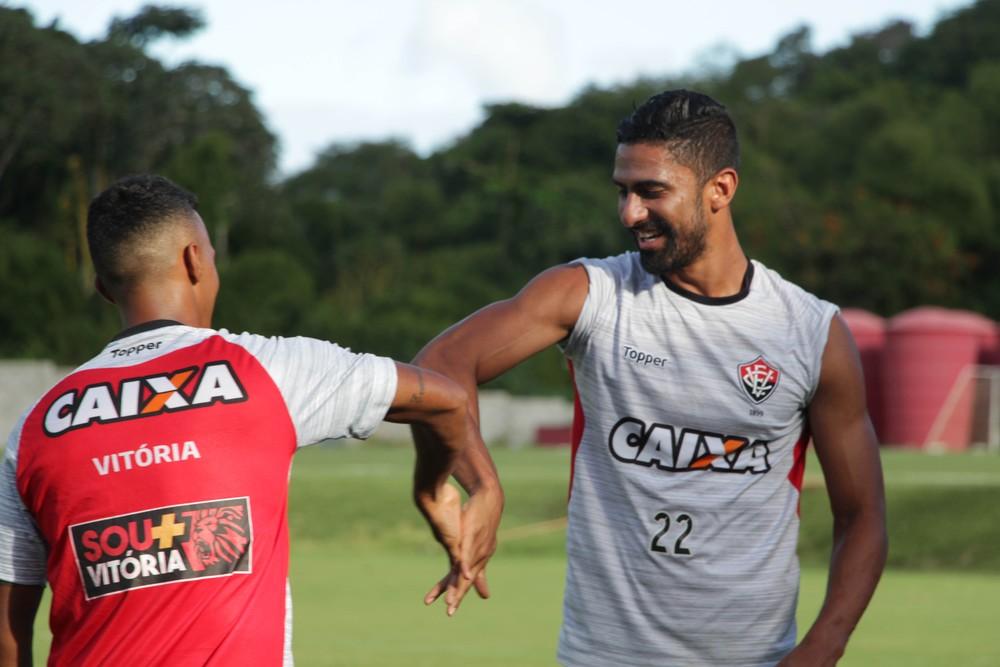 Santiago Tréllez deixa o Vitória e acerta com o São Paulo