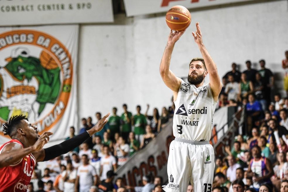 Matulionis fechou a partida com quatro rebotes e três assistências  (Foto: Victor Lira/Bauru Basket)