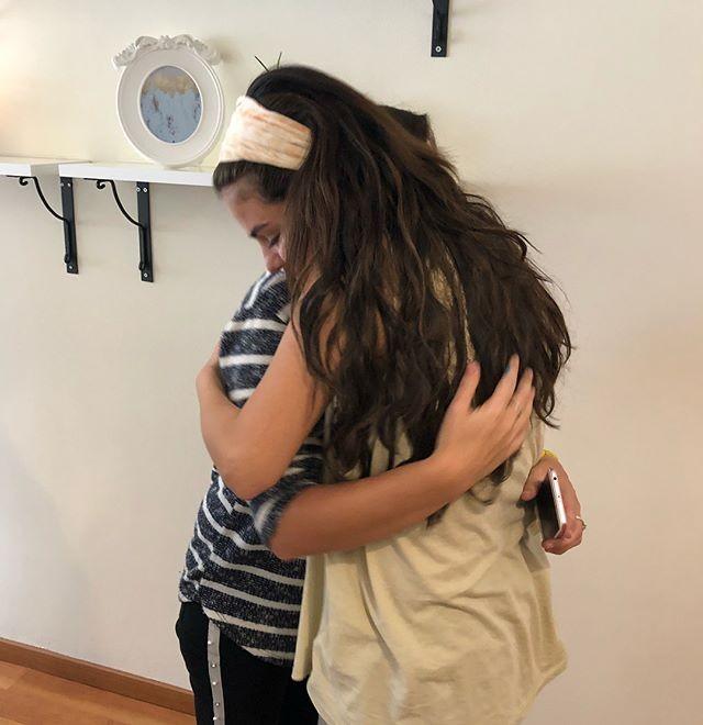 Selena Gomez em seu trabalho voluntário (Foto: Reprodução/Instagram)