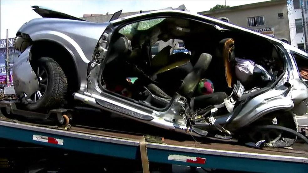 Ford Ecosport levava oito pessoas no acidente na Imigrantes; duas morreram (Foto: TV Globo/Reprodução)