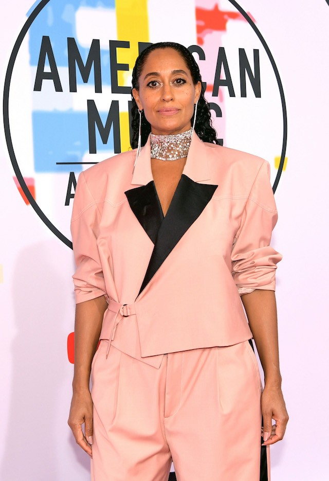 Tracee Ellis Ross veste Pyer Moss no AMA Awards (Foto: Getty Images)