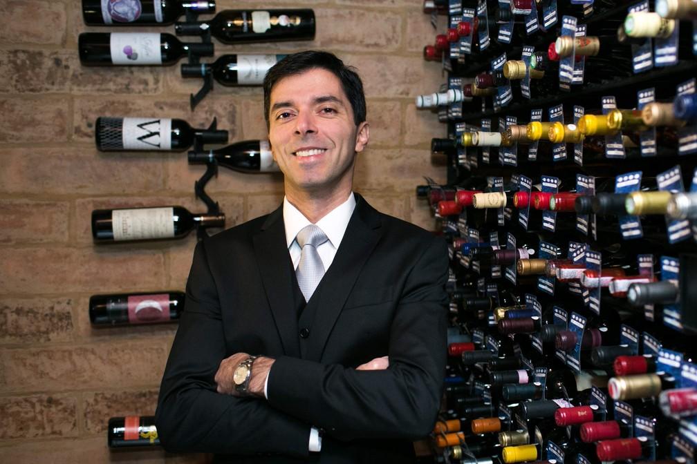 Gustavo Andrade de Paulo, da ABS-SP: associação realizou lives durante a pandemia e faz cursos para que público tenha contato com cultura do vinho — Foto: Arquivo pessoal
