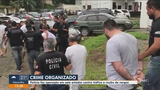 Operação Torre de Babel: desvio de cargas era feito em SC para pagar tráfico de drogas de outros estados, diz Polícia Civil