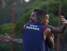 Mbappé treina e deve enfrentar a Atalanta na Champions (C. Gavelle/PSG)