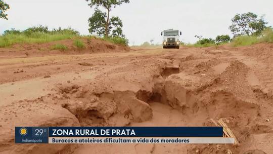 Buracos e atoleiros dificultam a vida dos moradores na zona rural de Prata