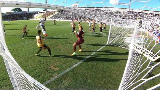 Borja perde dois gols em 10 minutos, e torcida do Palmeiras vai à loucura nas redes sociais