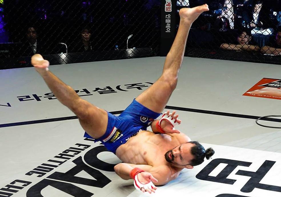 Michel Pereira promete mostrar seu estilo marcante no UFC — Foto: Divulgação