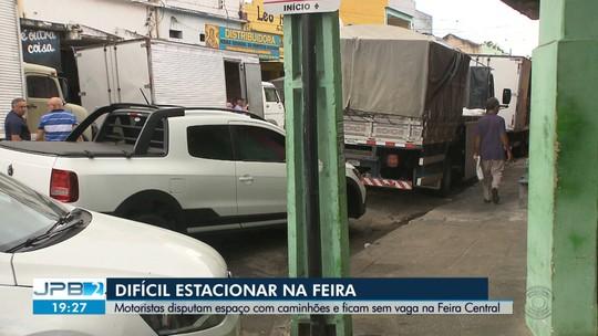 Motoristas enfrentam problemas para estacionar na Feira Central