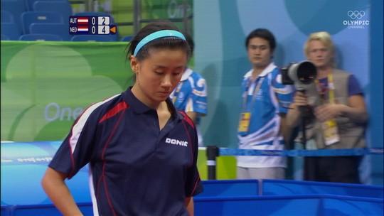 """Considerada """"criança fraca"""" na China, mesatenista reencontra amor pelo esporte na Áustria"""