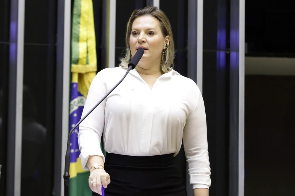A deputada Joice Hasselman (PSL-SP) durante discurso na Câmara — Foto: Najara Araujo/Câmara dos Deputados