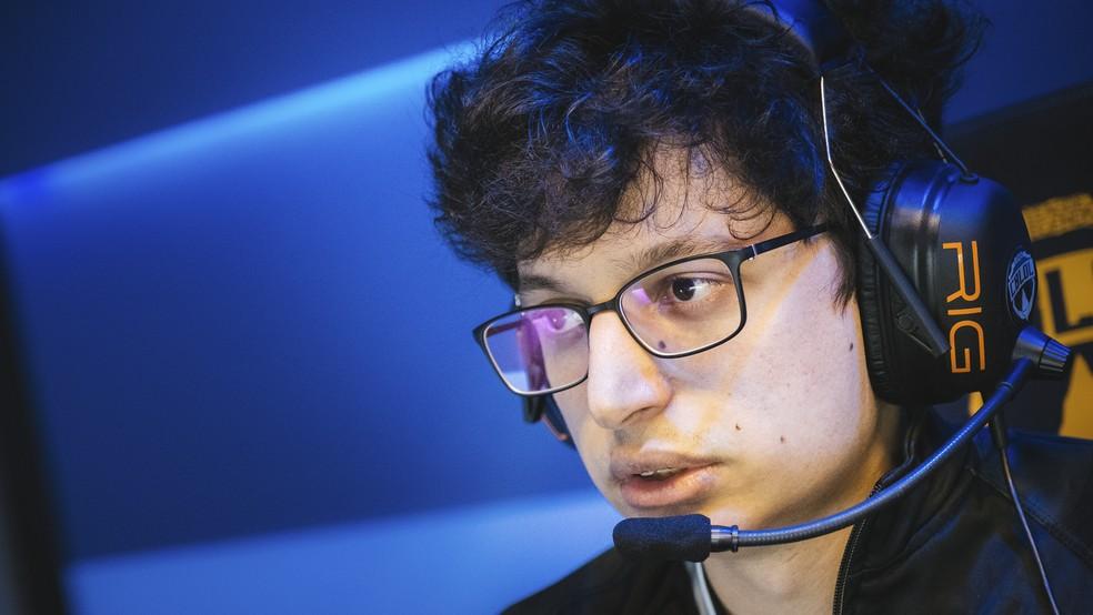 Tay foi o melhor jogador da partida entre LOUD e FlA — Foto: Divulgação/Pedro Pavanato/Riot Games