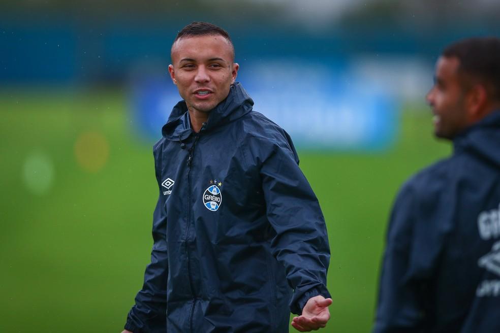 Everton voltou ao radar do Napoli — Foto: Lucas Uebel/Grêmio FBPA