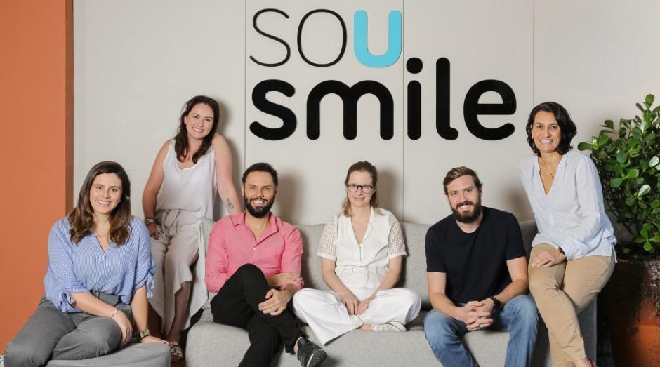 Natalia Lombardo, Andrea Nazaré,Alexandre Gama, Ornella Moraes,  Michael Ruah e Aline Andrade, sócios a frente da SouSmile (Foto: Divulgação)