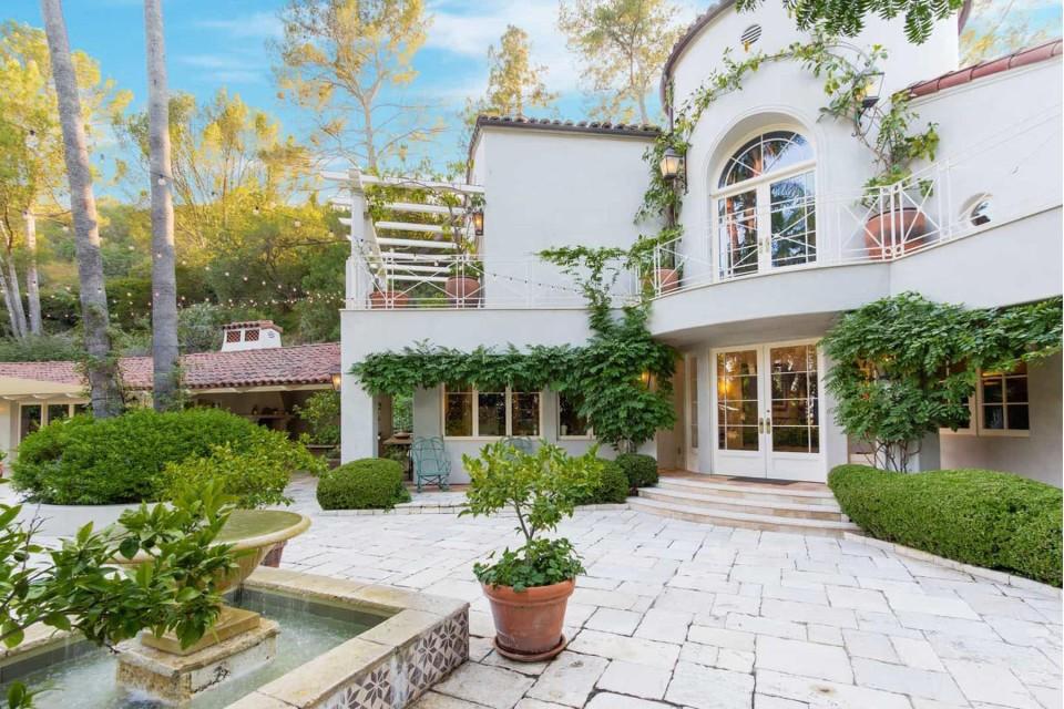 Katy Perry vende uma de suas casas por R$ 35 milhões