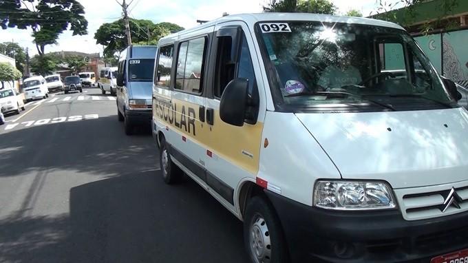 Prefeitura de Uberlândia sanciona acréscimo ao pagamento de motoristas que transportam alunos com deficiência