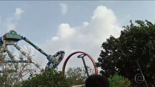 Brinquedo de parque se rompe em pleno ar e diversão acaba em tragédia na Índia