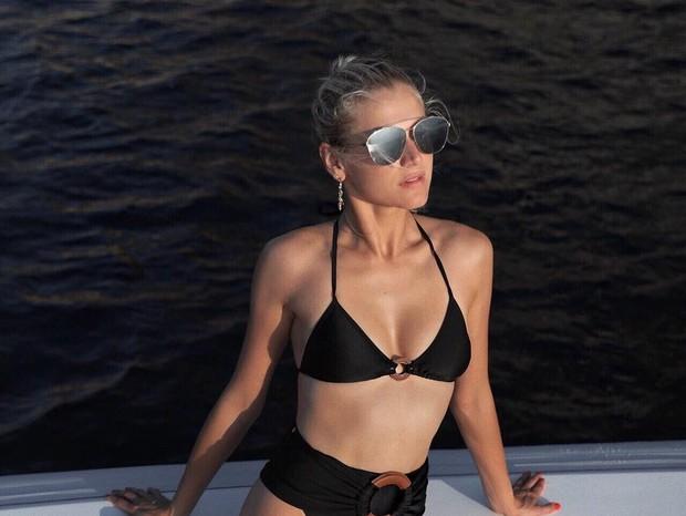 Celina Locks: férias em Ibiza (Foto: Reprodução Instagram)