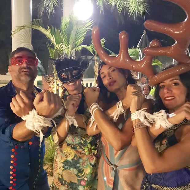 eca Camargo: com Camila Pitanga, Marina Person e uma amiga, o apresentador celebra seu aniversário em tour pela Ásia (Reprodução Instagram) (Foto: reprodução Instagram)