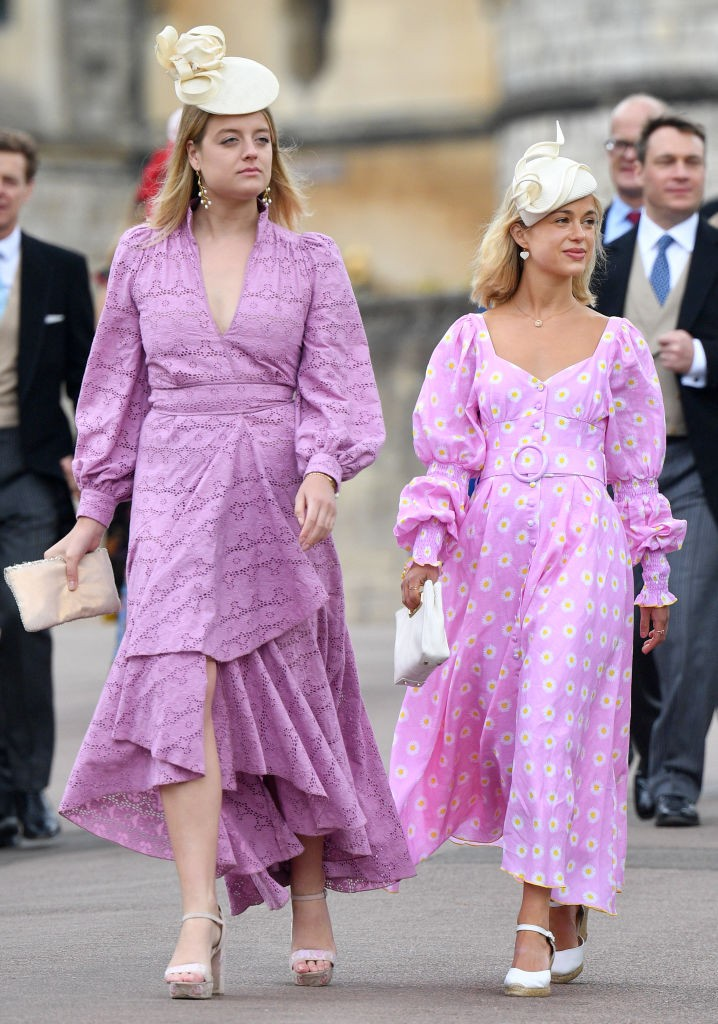 Flora Ogilvy e Lady Amelia Windsor no casamento de Lady Gabriella Windsor e Thomas Kingston (Foto: Getty Images )