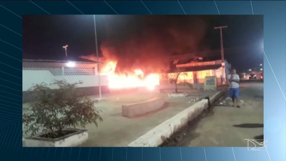 Incêndio assustou moradores de Colinas (MA) — Foto: Reprodução/TV Mirante