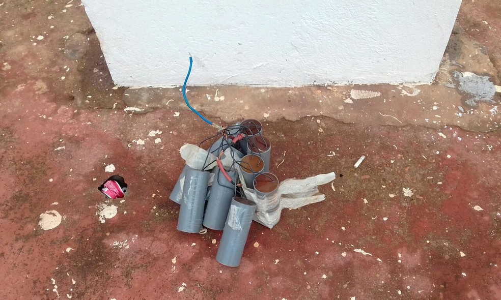 Suposta bomba encontrada no Museu Nacional, em Brasília (Foto: Polícia Militar/Divulgação)