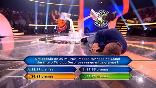 Participante que errou, perdeu R$ 100 mil e deixou Huck no chão declara: 'Arriscaria novamente'