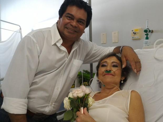 Paciente com câncer se casa em Hospital das Clínicas, em Goiânia Goiás (Foto: Vanessa Martins/G1)