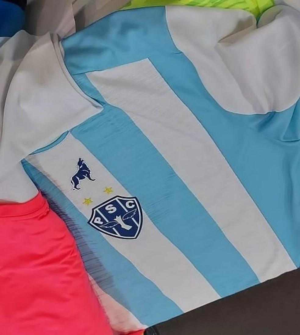 Imagens da camisa I do Paysandu já havia sido vazada nas redes sociais — Foto: Reprodução