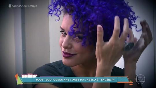 Kizi Vaz mostra os cuidados com os cabelos roxos