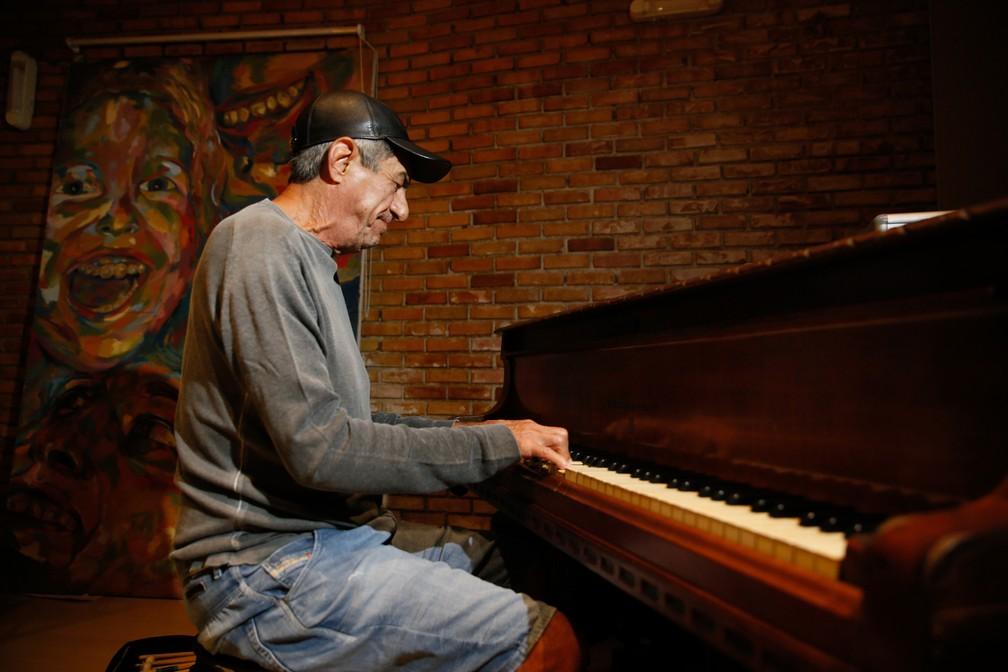 Aos 70 anos, Fagner continua trabalhando e grava disco de canções inéditas — Foto: Kid Júnior/SVM