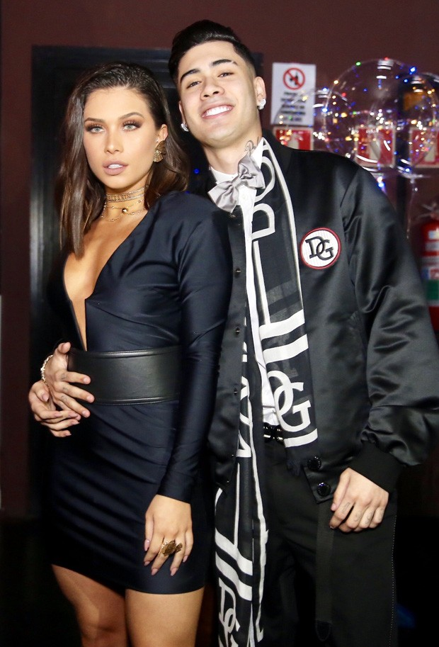 Flávia Pavanelli e Kevinho (Foto: Manuela Scarpa/Brazil News)
