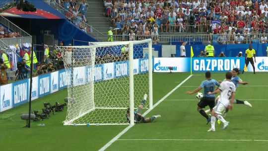 Veja os gols de Uruguai 3 x 0 Rússia. Suárez e Cavani balançam as redes