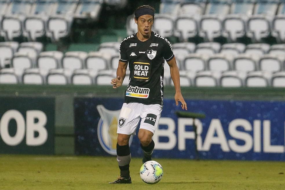 Último jogo de Honda pelo Botafogo foi contra o Coritiba — Foto: Vitor Silva/Botafogo