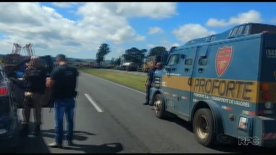 Tentativa de assalto a carros-fortes deixa mortos e feridos na BR-376, em Palmeira