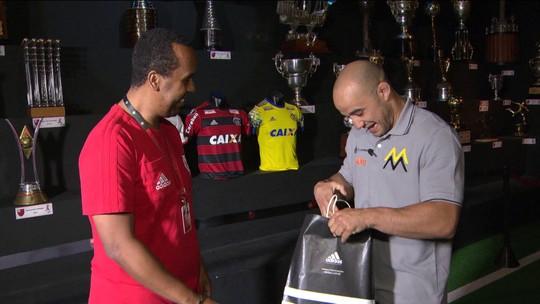 Marlon Moraes se emociona na Gávea e revela ouvir torcida do Fla antes das lutas