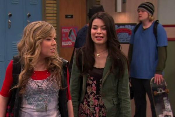 Miranda Cosgrove e Jennette McCurdy em iCarly  (Foto: Reprodução)