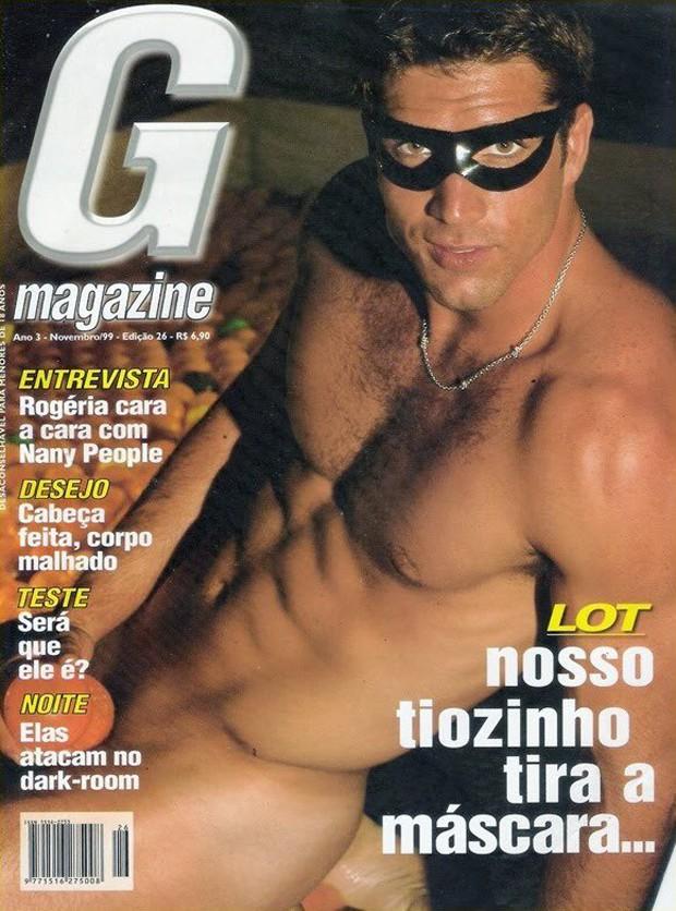 Oswaldo Lot, o ex-Tiozinho, em ensaio pra G Magazine, em 1999 (Foto: Divulgação/G Magazine)