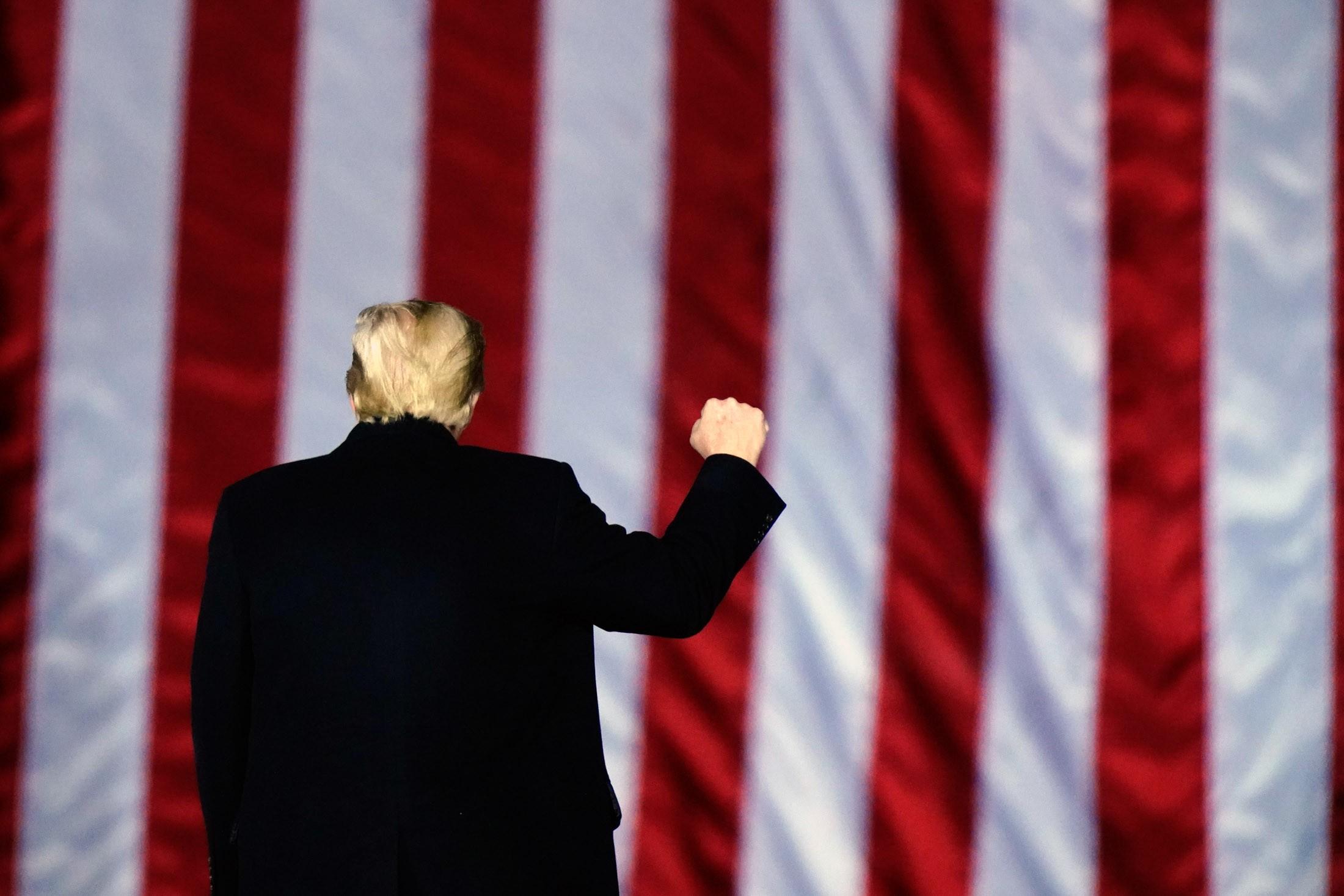 Donald Trump avalia a criação de um novo partido, diz jornal