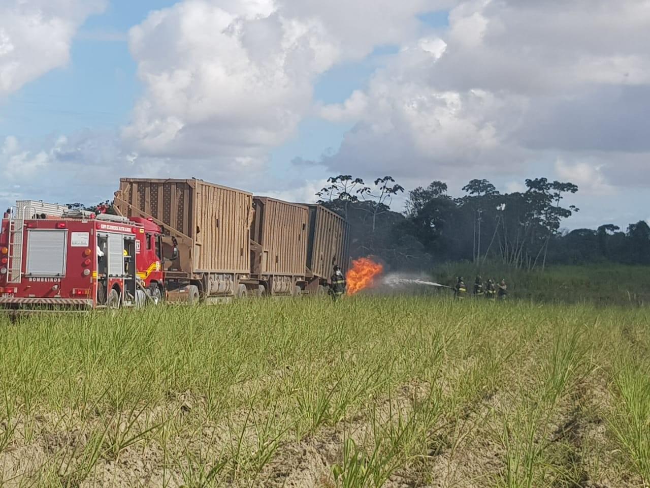 Pai e filho morrem atropelados por caminhão em Rio Largo, AL - Notícias - Plantão Diário