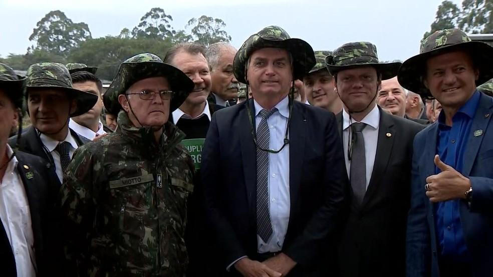 Presidente disse que presença de excrementos de índios impede laudo da Funai durante entrevista em Pelotas  — Foto: Reprodução/RBS TV