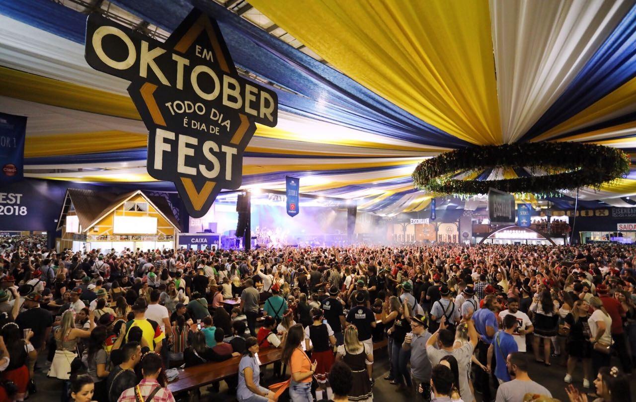 Inscrições para trabalhar como vendedor ambulante na 36ª Oktoberfest estão abertas - Notícias - Plantão Diário