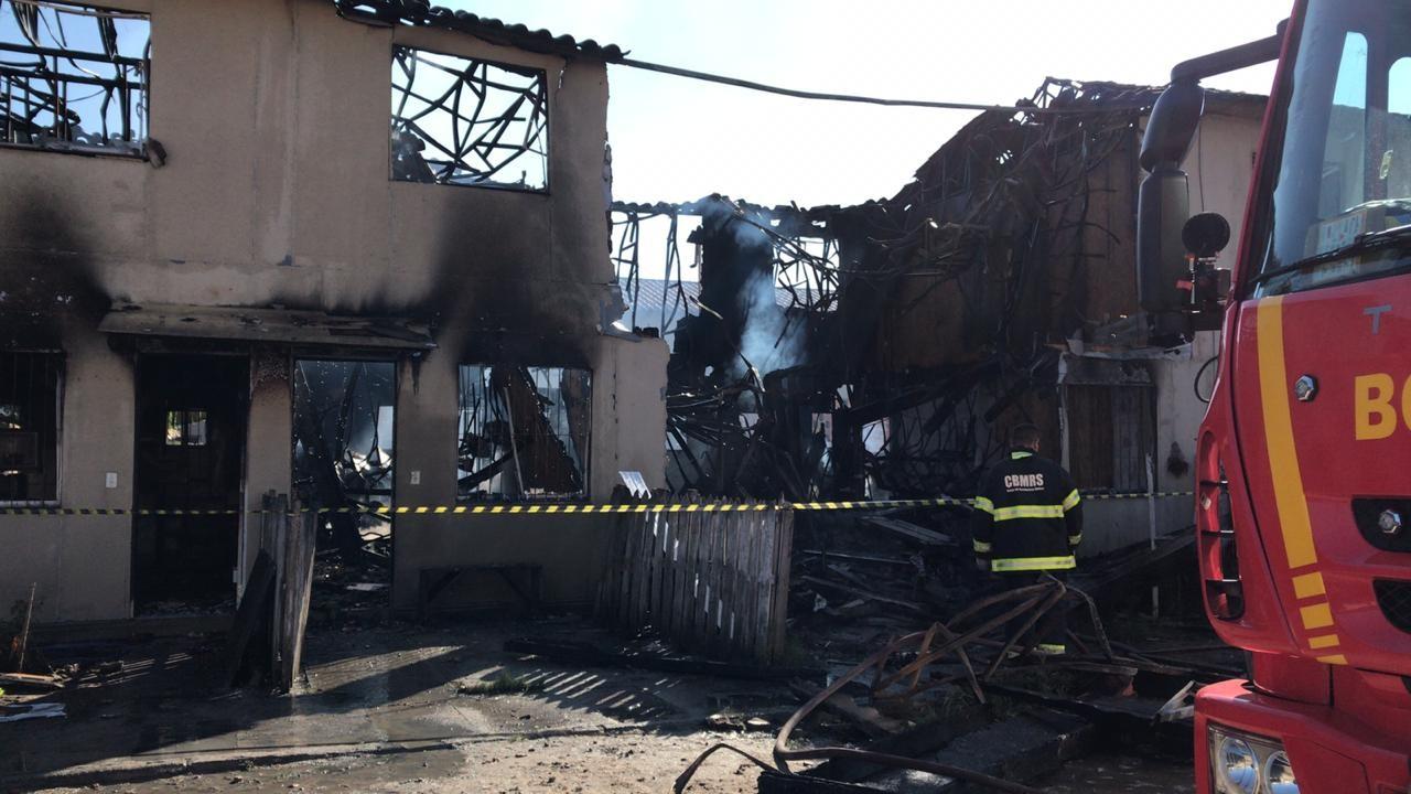 Incêndio destrói sete casas em Pelotas