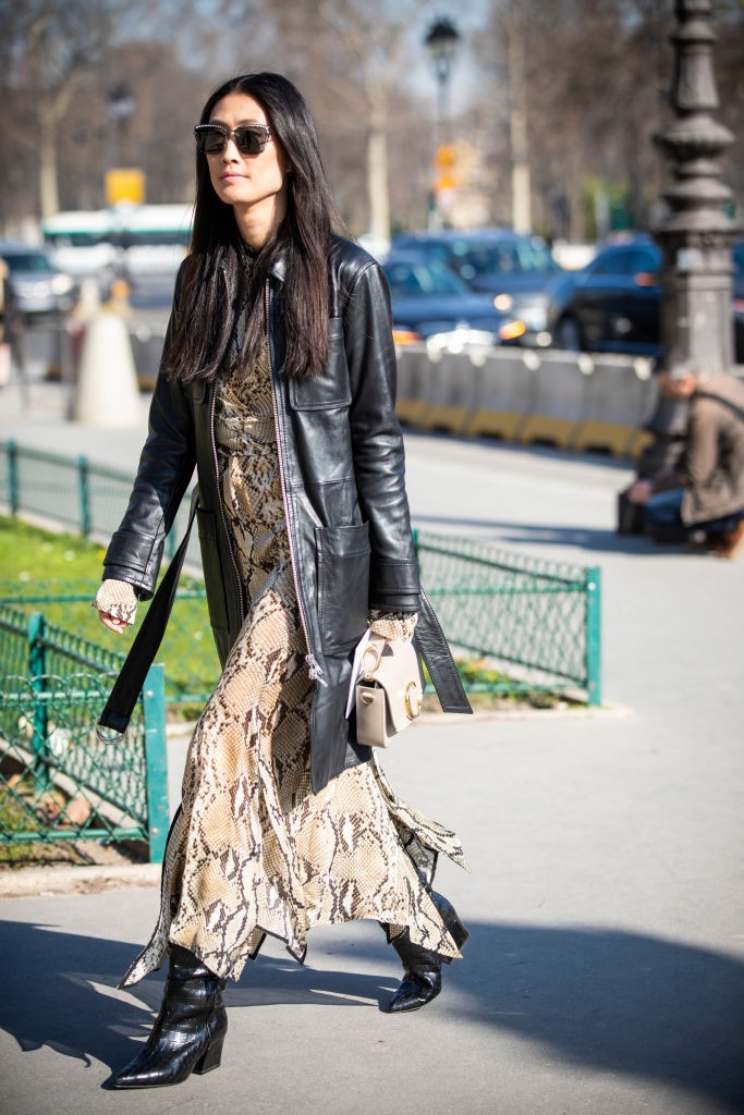 Vestido com animal print (Foto: Getty)